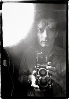 richard-avedon-self-portrait-c1963