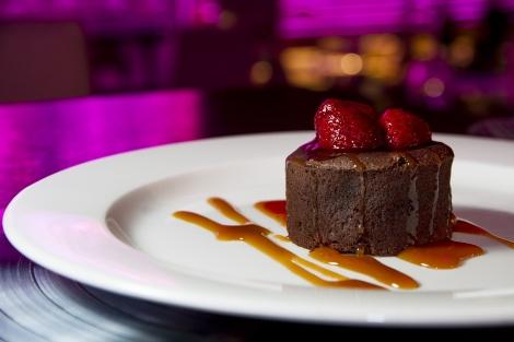 Coulant-de-Chocolate-con-Tofee-y-Frambuesas